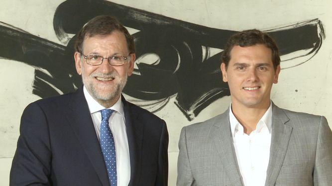 ¿Cuánto mide Albert Rivera? - Estatura real: 1,80 Rajoy-rivera-reuniran-miercoles-congreso_939518344_110508614_667x375