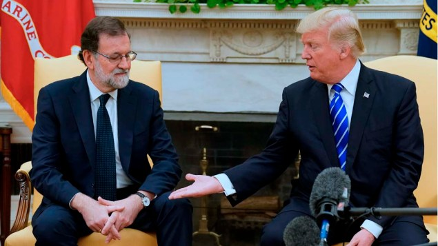 U.S. President Trump welcomes Spanish Prime Minister Rajoy in the Oval Office at the White House in Washington